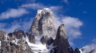 snow_on_mountain_top_2-1440x900